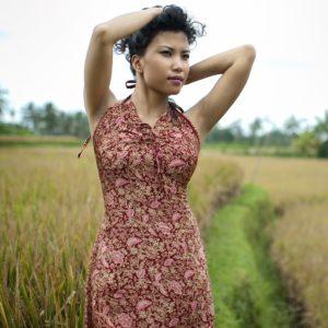 Sukienka maxi z naturalnego jedwabiu